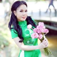 Top những bài hát hay nhất của Việt Hương