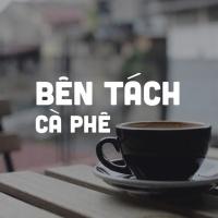 Bên Tách Cà Phê