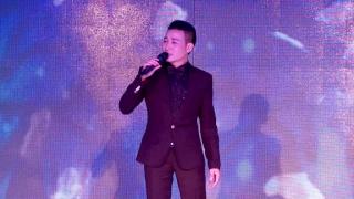 Tình Yêu Trả Lại Trăng Sao - Linh Nguyễn