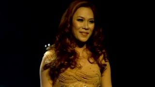 Cô Gái Đến Từ Hôm Qua (Live Concert Cho Một Tình Yêu) - Mỹ Tâm
