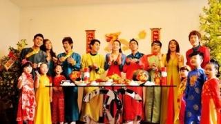 Xuân Hạnh Phúc - Hồ Ngọc Hà, Various Artists 1
