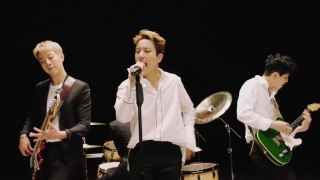 Between Us - CNBlue