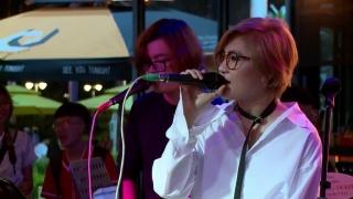 Mashup 5 (Live) - Vicky Nhung