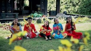 Ngày Tết Việt Nam - Minh Khang, Various Artists, Bé Bào Ngư