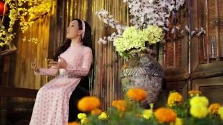 Gác Nhỏ Đêm Xuân - Hà Vân