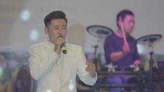 Bên Em Mùa Xuân (Live) - Hoàng Minh Viễn