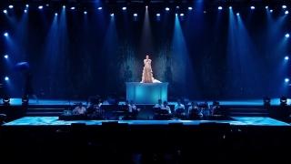 Ướt Mi (Liveshow) - Uyên Linh