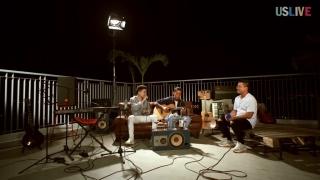 Chạm Làn Môi Em (Live) - Hoàng Tôn