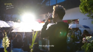 Mưa Phi Trường (Live) - Lê Hiếu