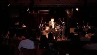 Đừng Yêu Ai Đậm Sâu (Live) - Quang Vinh