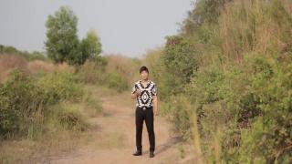 Dấu Chân Kỷ Niệm - Khang Lê